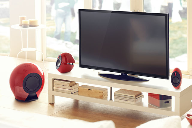 Speakers with subwoofer for tv and living room for Best soundbar for large living room